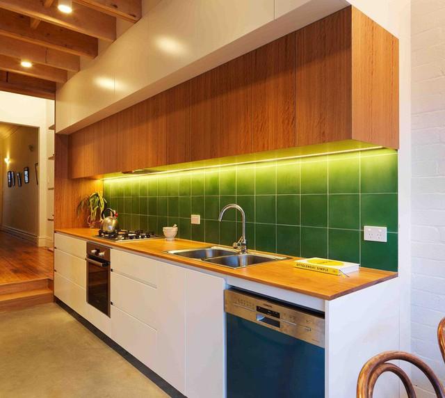 Ngôi nhà 2 tầng mang tới cảm giác thông minh, phong cách và thân thiện với môi trường. - Ảnh 4.