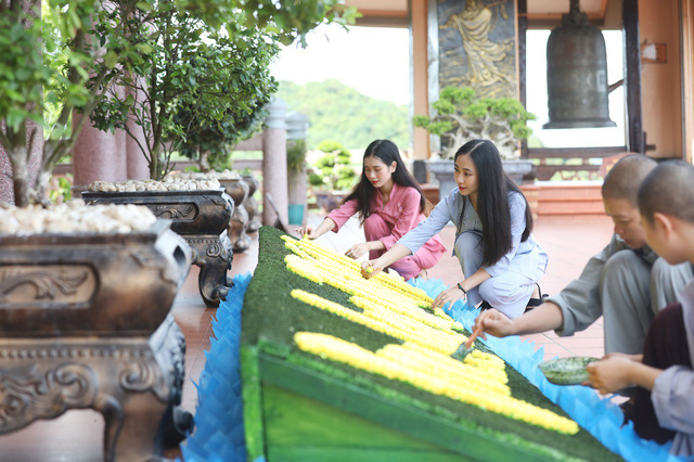 Đến Quảng Ninh - lạc bước ở Vân Đồn - Ảnh 8.