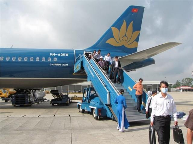 """Vietnam Airlines huỷ nhiều chuyến bay do sân bay Hồng Kông """"thất thủ"""" - Ảnh 2."""