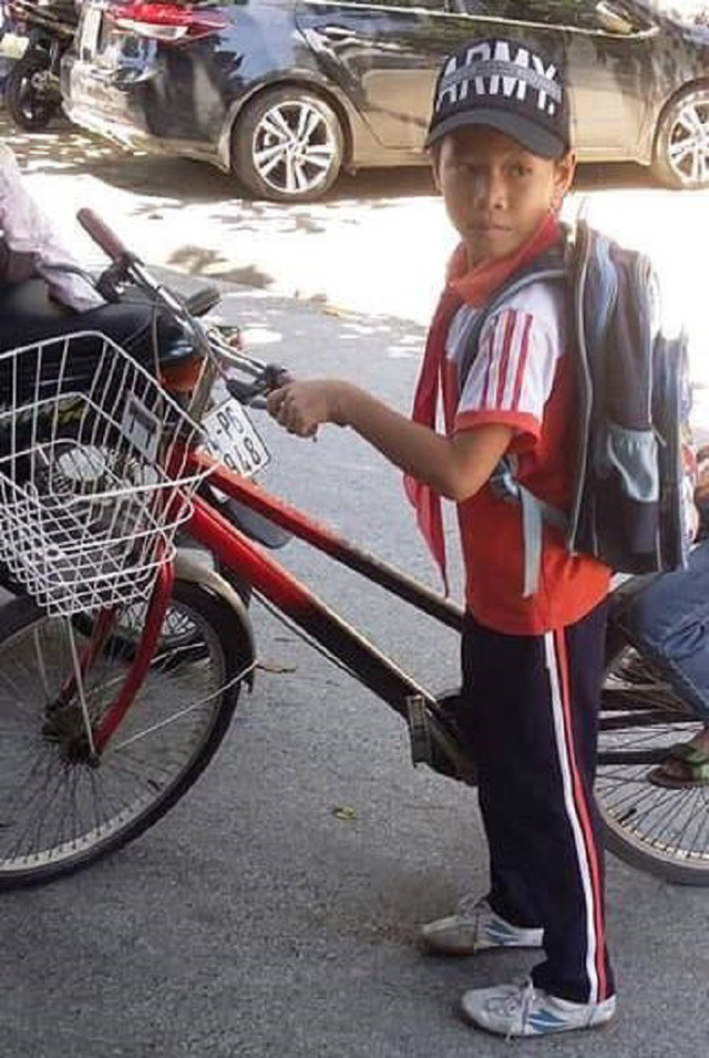 Nói với bà đi đổ rác, bé trai lớp 6 đạp xe bỏ nhà đi - Ảnh 1.