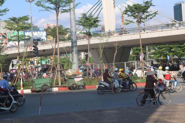 """Điểm mặt những """"điểm đen"""" giao thông ở Thủ đô Hà Nội - Ảnh 4."""
