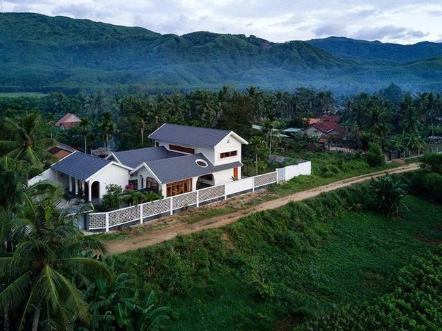 Mùa Vu Lan ghé thăm 3 ngôi nhà Việt của những người con xây để báo hiếu đấng sinh thành - Ảnh 4.