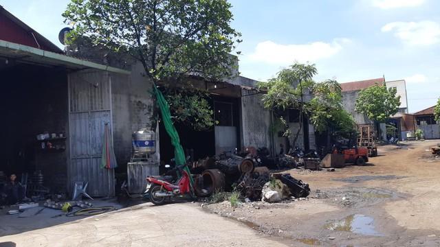 Hải Phòng: Người dân xã Mỹ Đồng kêu cứu vì khói thải từ xưởng cô nhôm - Ảnh 5.