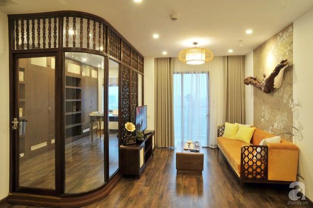 Căn hộ 65m² mang dấu ấn Indochine đẹp hoài cổ với chi phí 350 triệu đồng ở Thanh Xuân, Hà Nội - Ảnh 1.