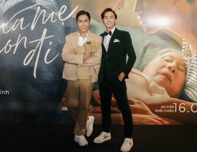 Trai đẹp của Chi Pu, Hương Tràm tiết lộ về cảnh nóng đồng tính - Ảnh 3.