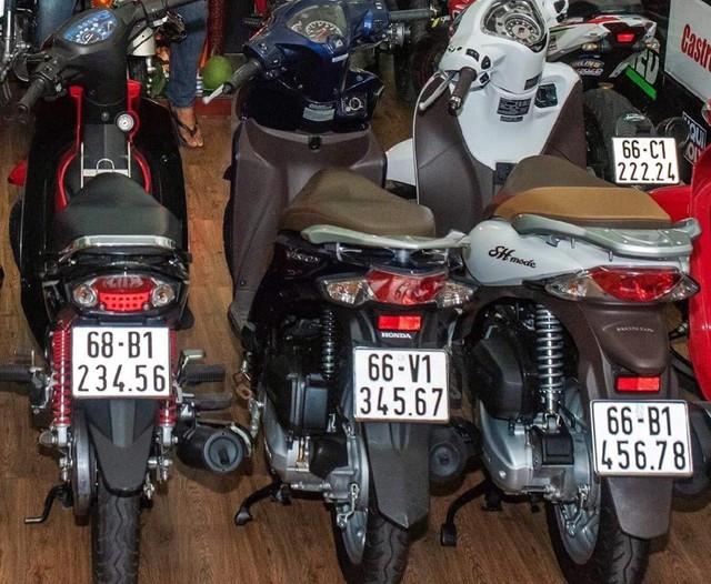 Loạt xe tay ga Honda Vison giá trăm triệu gây sốt - Ảnh 4.