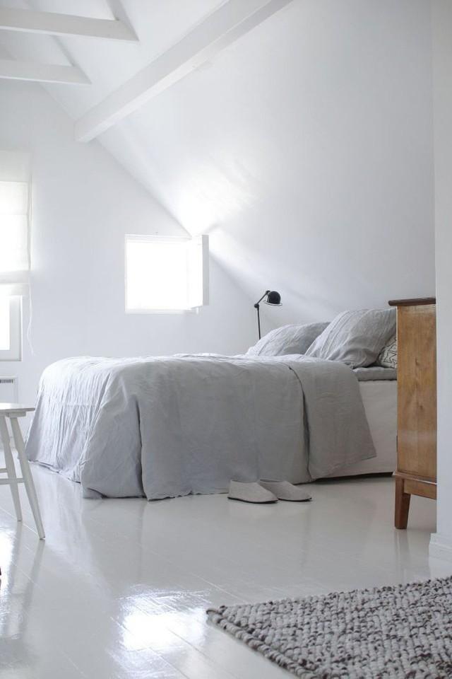Phòng ngủ gác mái đẹp lịm tim, tại sao không thử? - Ảnh 8.