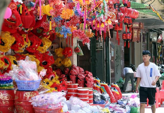 Đồ chơi made in Việt Nam bất ngờ lấn át Trung Quốc tại Hàng Mã trước mùa Trung thu - Ảnh 10.