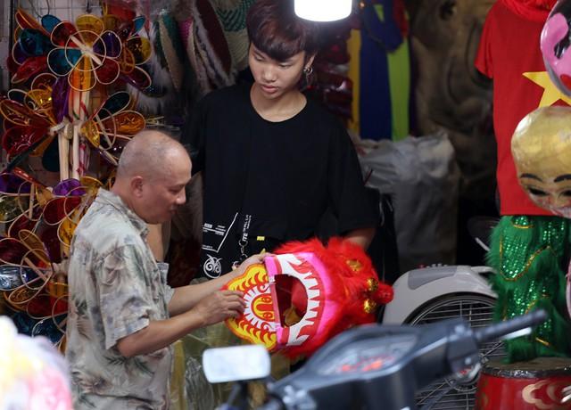 Đồ chơi made in Việt Nam bất ngờ lấn át Trung Quốc tại Hàng Mã trước mùa Trung thu - Ảnh 12.