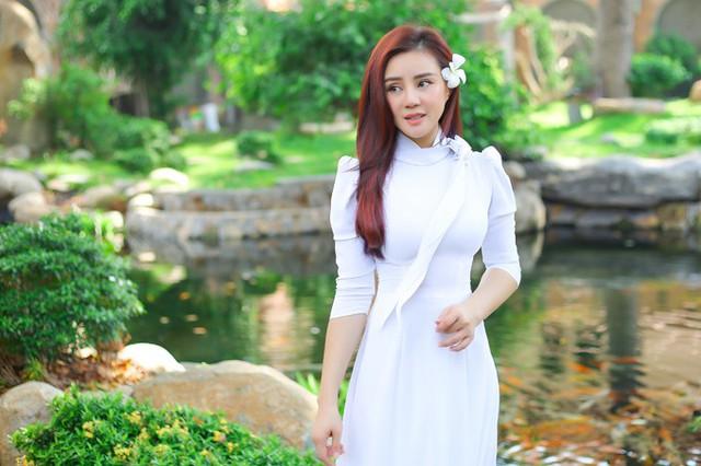 Vy Oanh thuyết phục chồng đại gia đóng MV - Ảnh 2.