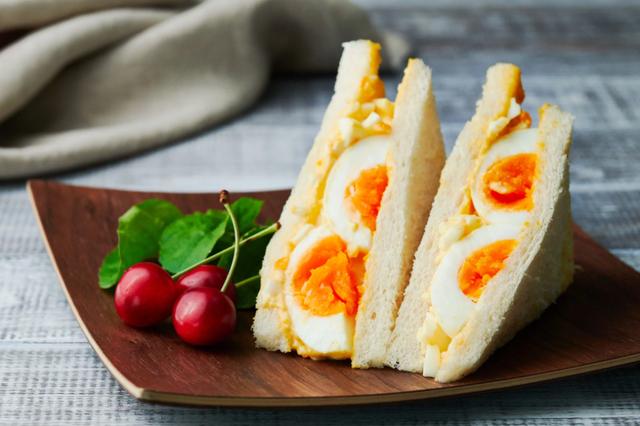 Bữa sáng ngon lành với bánh mì sandwich trứng kiểu mới - Ảnh 4.
