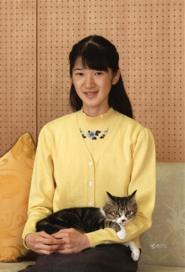 Công chúa Nhật Bản từng gây sốc với gương mặt hốc hác, thân hình da bọc xương cùng nguyên nhân gây tranh cãi - Ảnh 2.