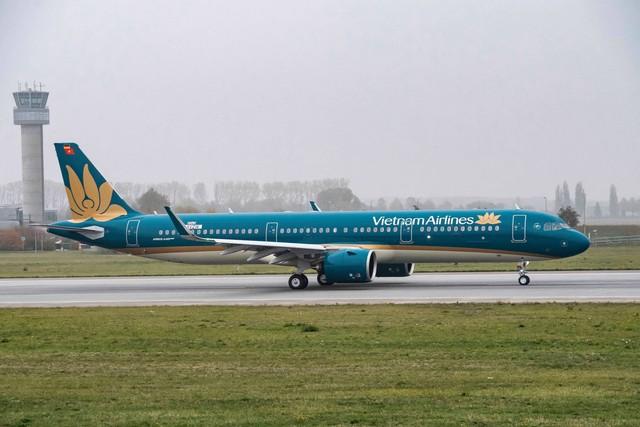 Thời tiết xấu, nhiều chuyến bay đi Đà Lạt bị huỷ - Ảnh 1.