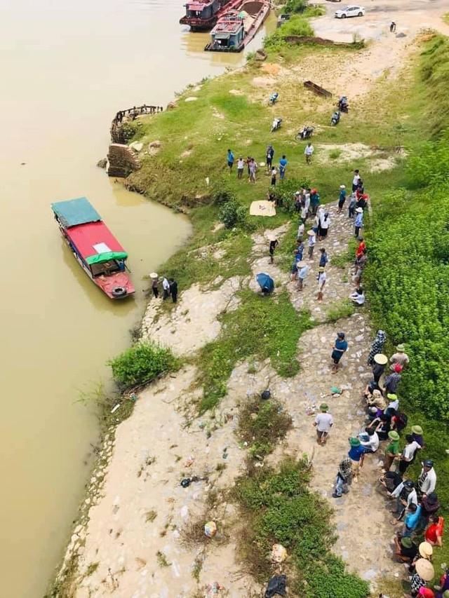 Bắc Giang: Người phụ nữ bơi ra sông Cầu tự tử - Ảnh 1.