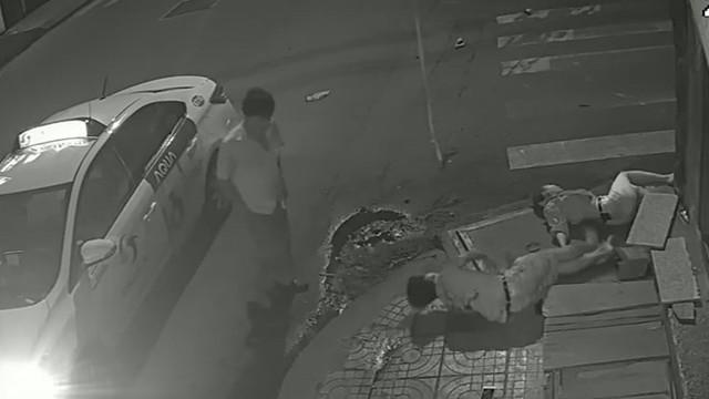 Nhà sư nói về vụ tài xế taxi đuổi sản phụ xuống xe: Tài xế giúp sản phụ đẻ trên xe không hề đen đủi mà là đang tạo phúc - Ảnh 2.