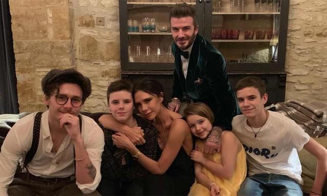 Vợ chồng Beckham - Victoria đang rục rịch ly hôn, dự báo sẽ có cuộc tranh chấp quyền nuôi con gay gắt? - Ảnh 2.