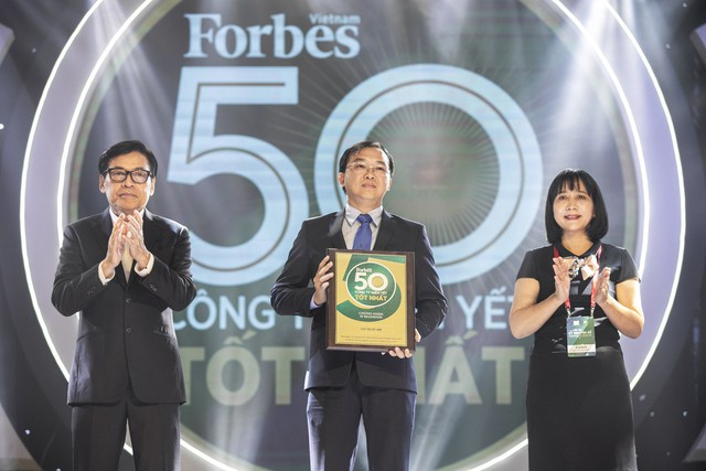 Vinamilk liên tục góp mặt trong Top các doanh nghiệp niêm yết xuất sắc của VN và Châu Á - Ảnh 1.