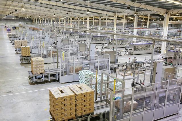 Vinamilk liên tục góp mặt trong Top các doanh nghiệp niêm yết xuất sắc của VN và Châu Á - Ảnh 2.