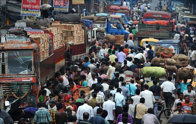 Thủ tướng Ấn Độ cảnh báo bùng nổ dân số không kiểm soát - Ảnh 1.