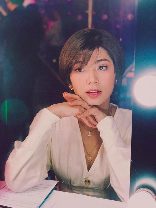Nhan sắc người yêu tin đồn của Tim sau khi ly hôn Trương Quỳnh Anh - Ảnh 4.