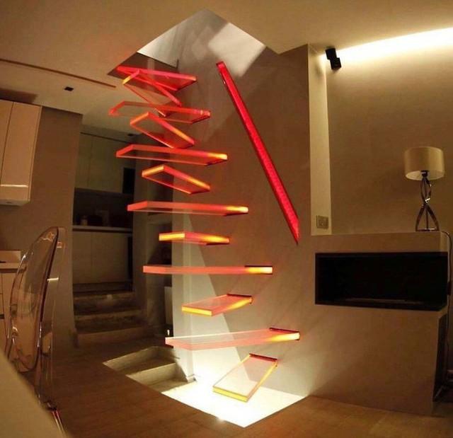 Những chiếc cầu thang sai trái nhất hành tinh, khuyên bạn đừng bao giờ thử nếu như không muốn gặp nguy hiểm - Ảnh 4.