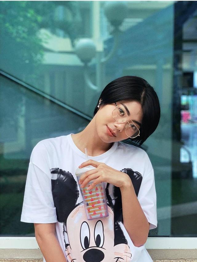 Nhan sắc người yêu tin đồn của Tim sau khi ly hôn Trương Quỳnh Anh - Ảnh 5.