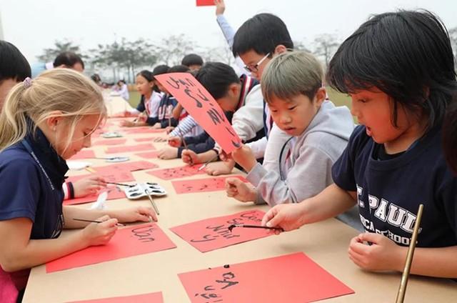 Học phí cao nhất của trường quốc tế ở Hà Nội là hơn 700 triệu/năm - Ảnh 7.