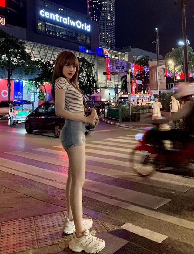 Bạn gái tin đồn của Sơn Tùng chuộng mặc đồ ngắn để tôn dáng - Ảnh 11.