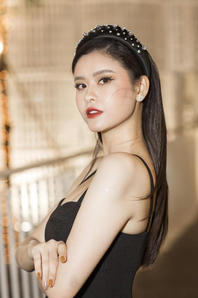 Tim vướng tin hẹn hò Đàm Phương Linh, Trương Quỳnh Anh tuyên bố: Chuyện bên ngoài cánh cửa tôi đã không quan tâm nữa - Ảnh 5.