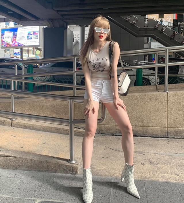 Bạn gái tin đồn của Sơn Tùng chuộng mặc đồ ngắn để tôn dáng - Ảnh 9.