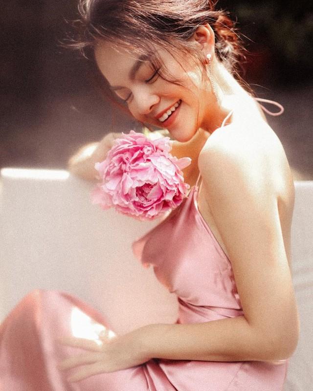 Phạm Quỳnh Anh tuổi 35 - cú sốc ly hôn và lột xác ngày càng gợi cảm - Ảnh 11.