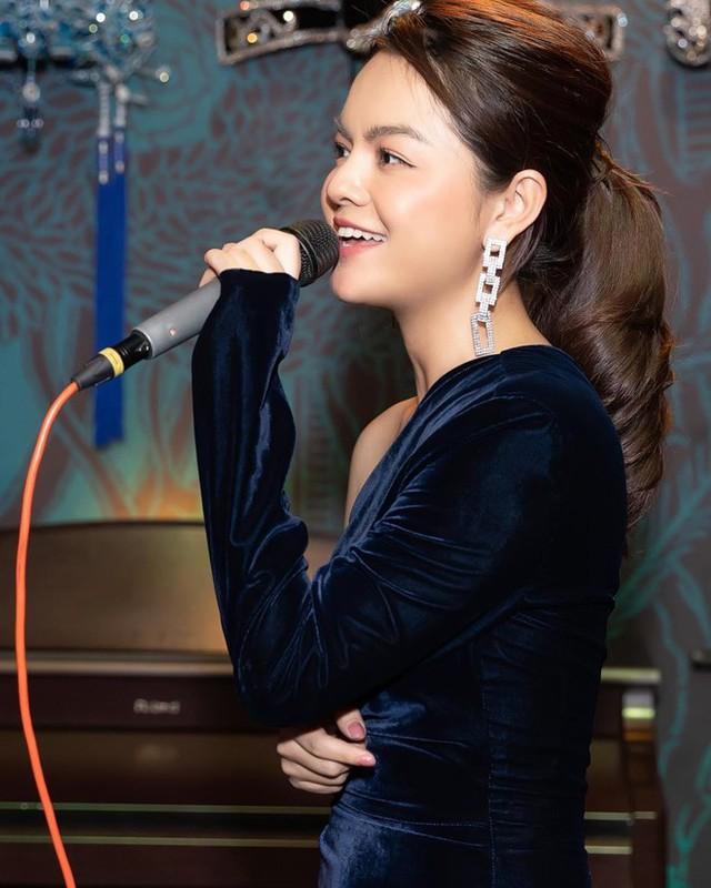 Phạm Quỳnh Anh tuổi 35 - cú sốc ly hôn và lột xác ngày càng gợi cảm - Ảnh 6.