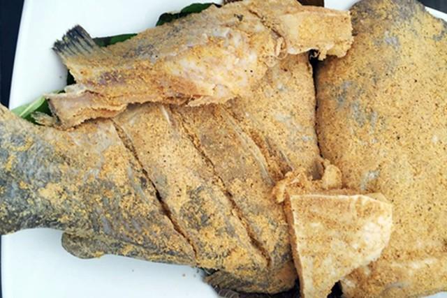 Những cách ăn cá vô tình rước độc vào thân - Ảnh 2.