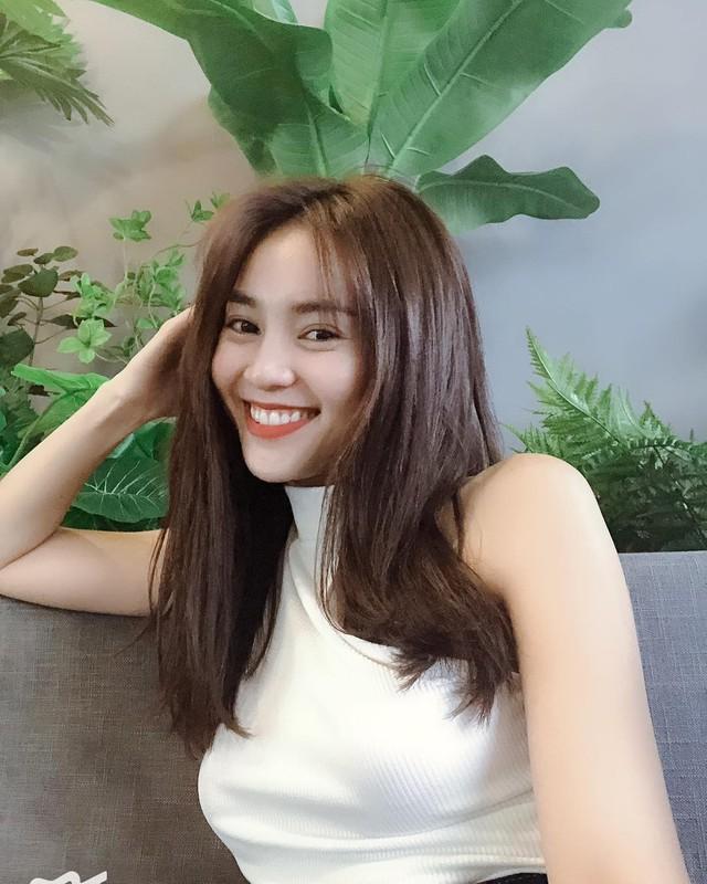 So kè style 3 nàng ngọc nữ 1990 của điện ảnh Việt: Người chăm diện đồ trễ nải, người thích diện đồ xì-tin hack tuổi triệt để  - Ảnh 20.