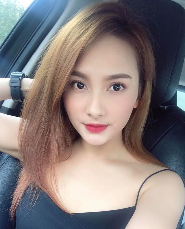So kè style 3 nàng ngọc nữ 1990 của điện ảnh Việt: Người chăm diện đồ trễ nải, người thích diện đồ xì-tin hack tuổi triệt để  - Ảnh 10.