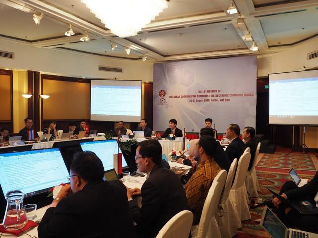 Nâng cao niềm tin – động lực quan trọng thúc đẩy thương mại điện tử phát triển trong ASEAN  - Ảnh 1.