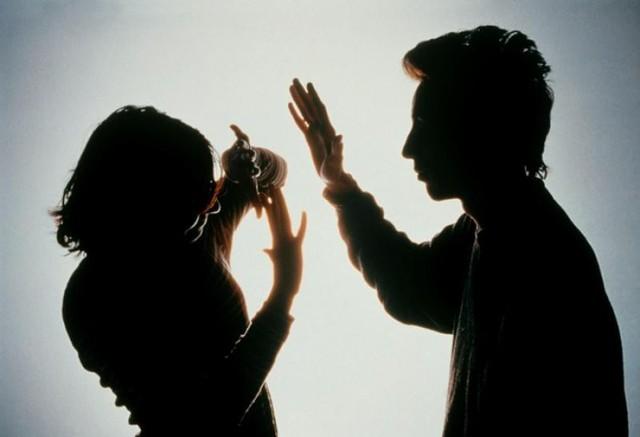 Từ chuyện ông chồng dùng sức võ sư để đánh vợ: Đàn ông đánh vợ là hèn? - Ảnh 3.