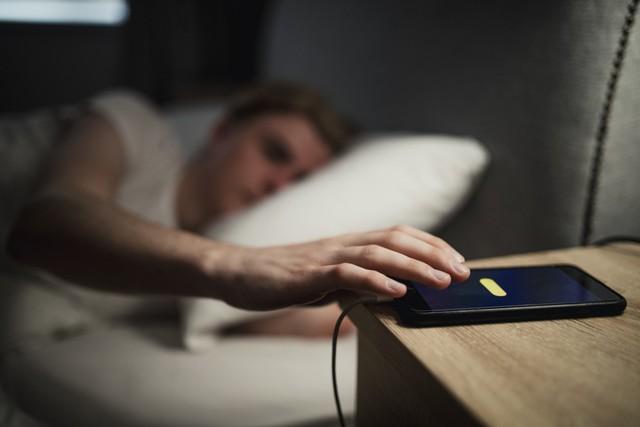 Chỉ vì thói quen này khi đi ngủ mà người phụ nữ bị bỏng cổ nghiêm trọng, ai mắc phải cần tránh ngay - Ảnh 3.