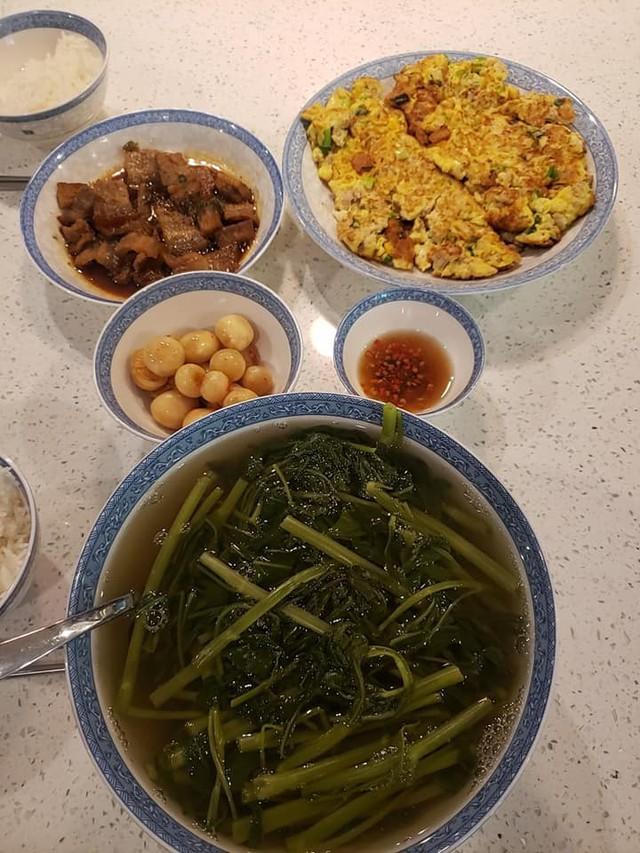 Vừa về Mỹ với chồng con, Việt Hương khoe mâm cơm liền nhận ngay những thắc mắc - Ảnh 3.