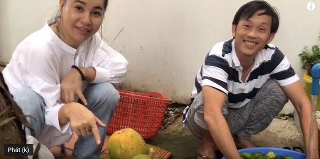 Cát Phượng: Hoài Linh nuôi cá, đặt tên là Trường Giang, Chí Tài - Ảnh 1.