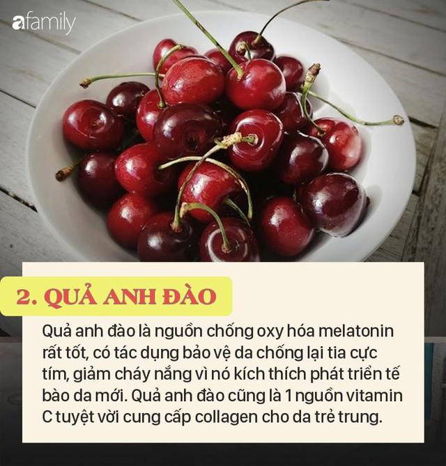 Top 5 thực phẩm có thể bảo vệ làn da của bạn khỏi tác hại của ánh mặt trời và khỏe đẹp mãi tuổi 20 - Ảnh 3.