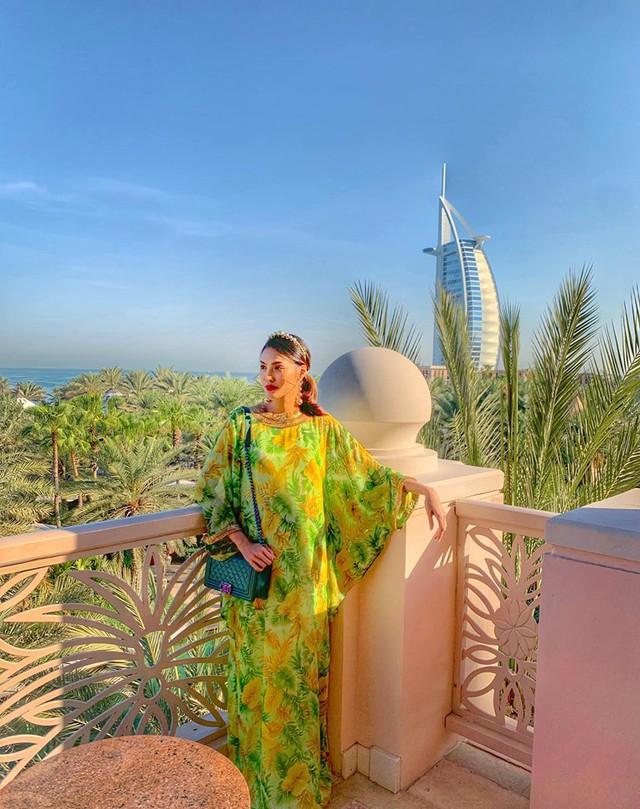 Bụng bầu vượt mặt, Lan Khuê vẫn được chồng chiều chuộng đưa đi du lịch tận Dubai - Ảnh 3.