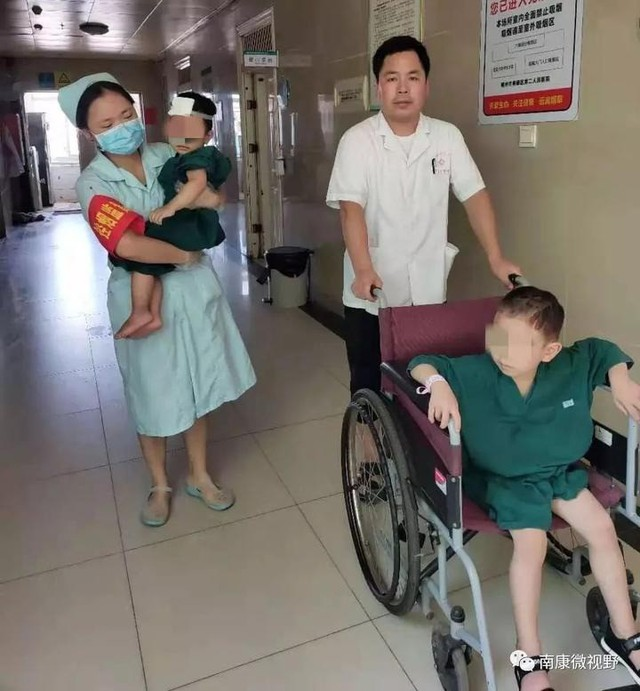 Tai nạn tông xe khiến đôi vợ chồng tử vong, 2 con may mắn sống sót và câu nói của đứa trẻ lớn hơn khiến ai nghe cũng xót xa - Ảnh 3.
