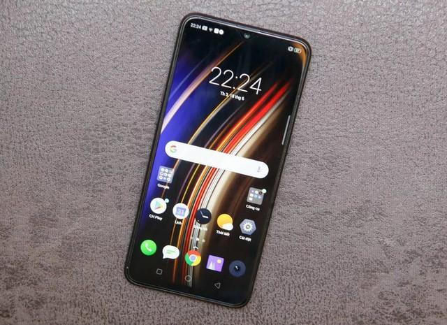 8 smartphone sạc nhanh giá dưới 7 triệu đồng - Ảnh 1.