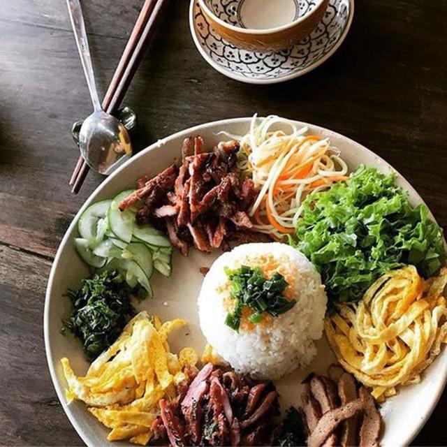Những món ăn có tên gọi độc nhất vô nhị ở Việt Nam - Ảnh 4.