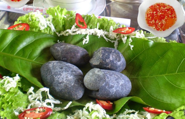 Những món ăn có tên gọi độc nhất vô nhị ở Việt Nam - Ảnh 6.
