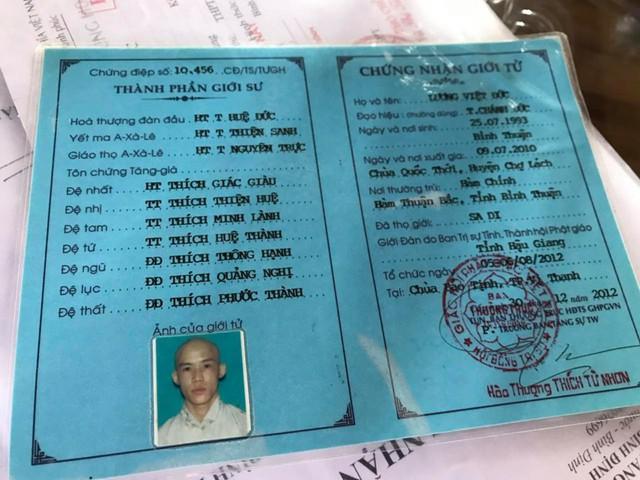 Thầy tu đánh thậm tệ bé trai 11 tuổi nghi sử dụng giấy tờ giả - Ảnh 2.