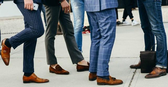 Nếu thấy chồng đi giày đen với tất trắng, vợ phải chấn chỉnh lại ngay! - Ảnh 3.