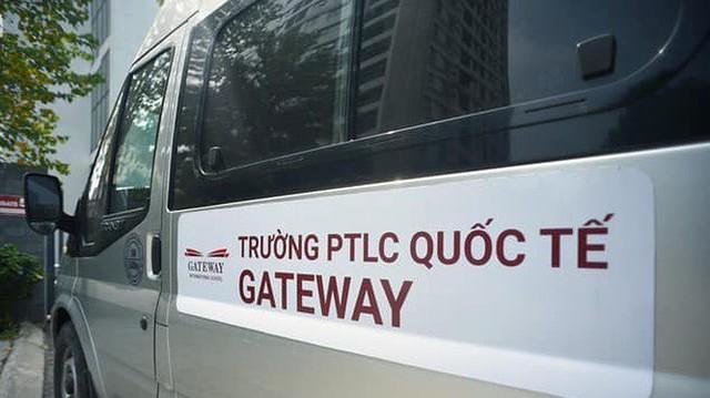 Vụ bé lớp 1 tử vong: Nhiều xe đưa đón học sinh trường Gateway hoạt động không phép - Ảnh 4.