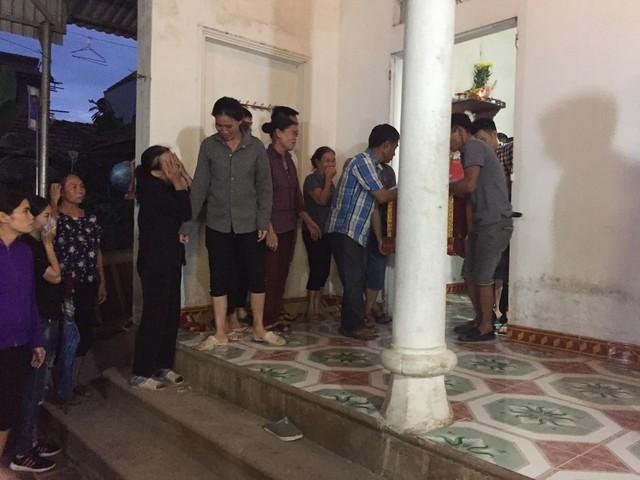Nghi phạm chém cả nhà em trai khiến 4 người tử vong ở Hà Nội định tự sát - Ảnh 2.
